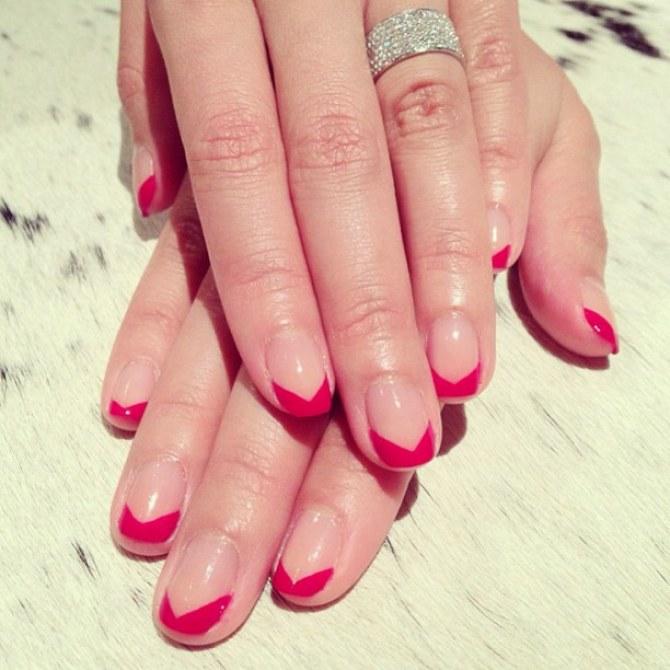 Chevron Manicure