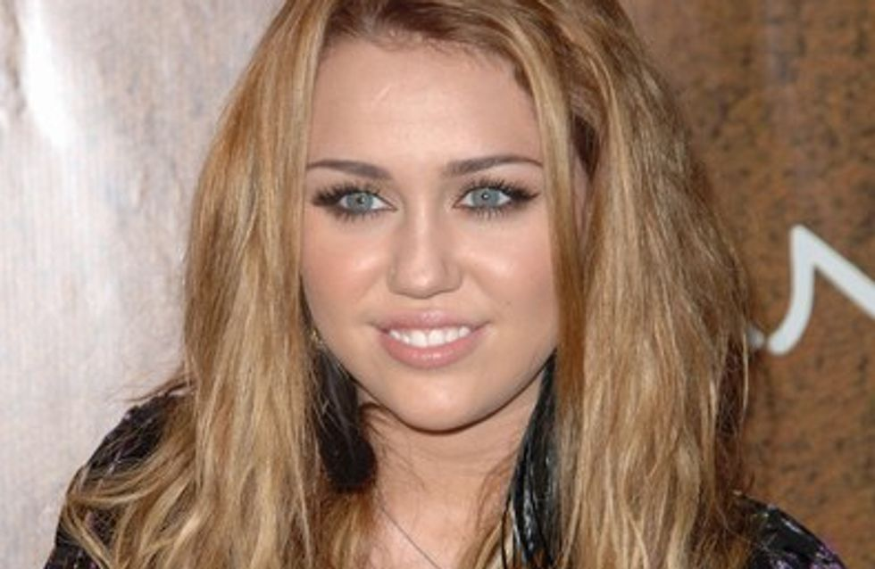 Miley Cyrus : son père pense qu'Hannah Montana a détruit sa famille