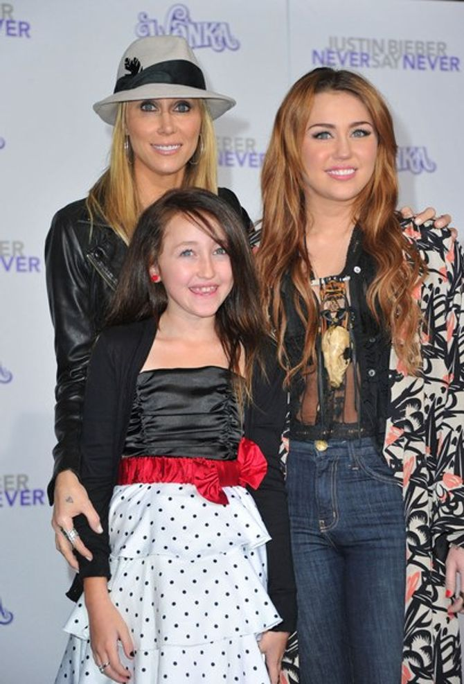 Miley Cyrus Tish Noah