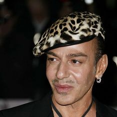 John Galliano s'excuse