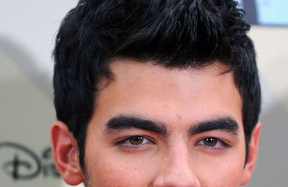 Joe Jonas: Je ne suis pas gay !