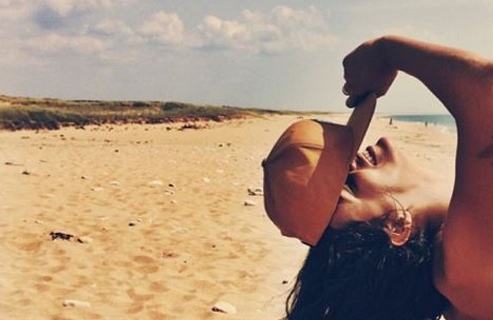 Shy'm : Hot en bikini sur la plage (Photos)