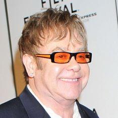 Elton John veut savoir qui est le père de son fils !