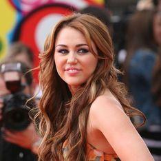 Photo : Miley Cyrus sexy en combinaison en dentelle !