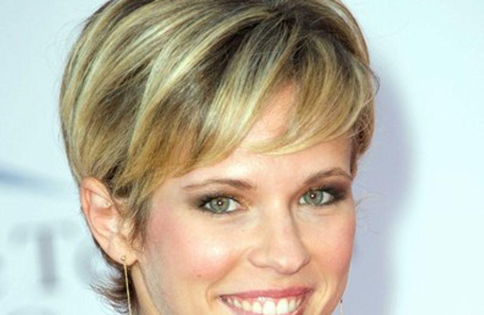 Lorie : elle a changé de coupe de cheveux !