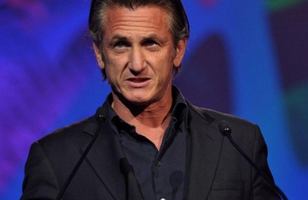 Sean Penn : il a déjà remplacé Scarlett Johansson !