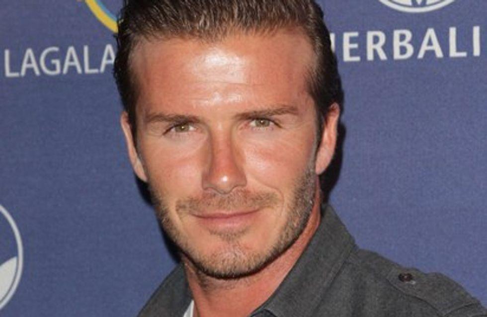 Vidéo : David Beckham à moitié nu pour son nouveau parfum