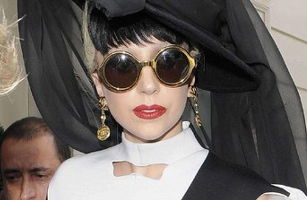 Lady Gaga : déguisée en homme pour 'You and I'