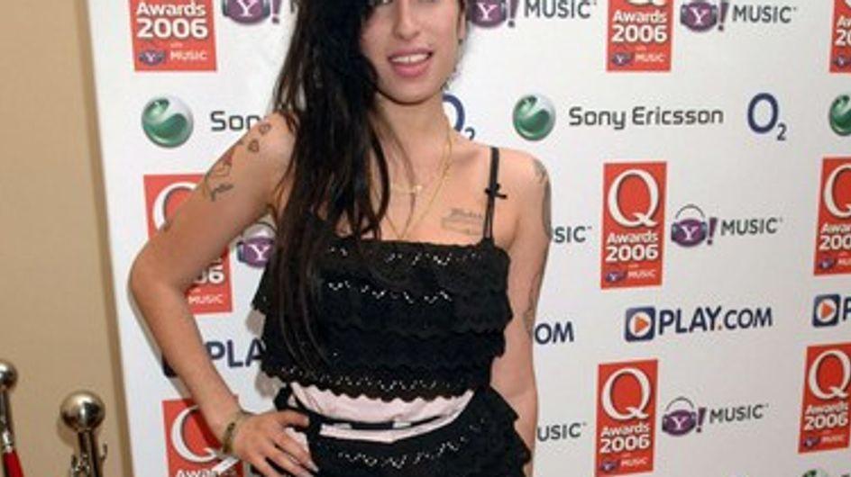 """Amy Winehouse : son père """" heureux de pouvoir rétablir la vérité jusqu'à un certain point"""""""