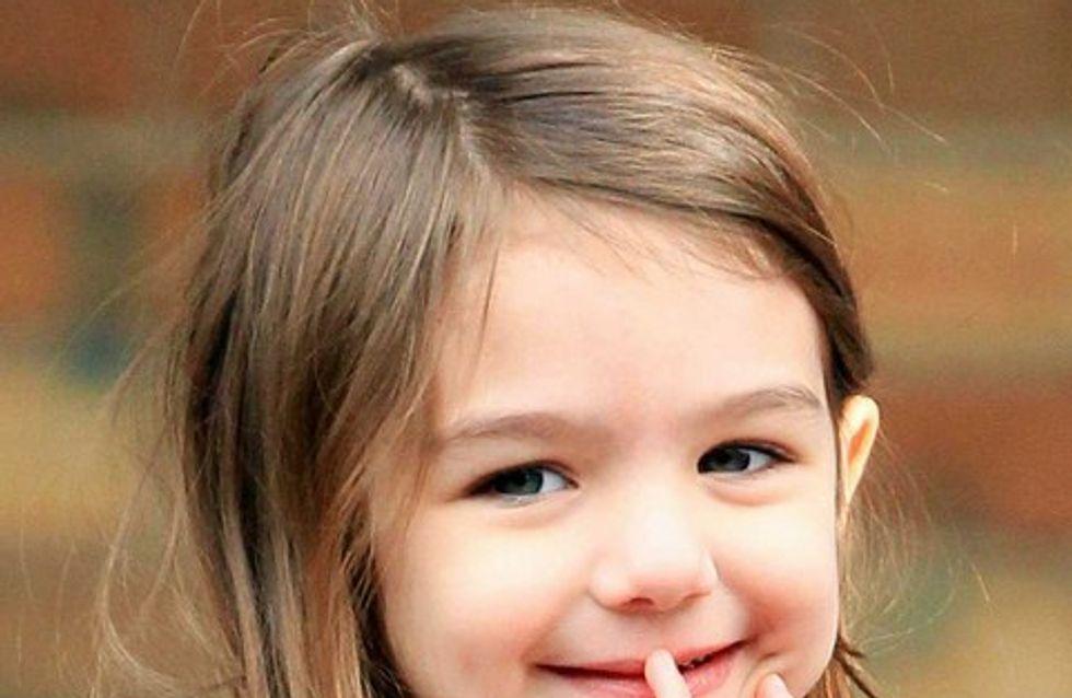 Suri Cruise : elle met du rouge à lèvres à 5 ans !