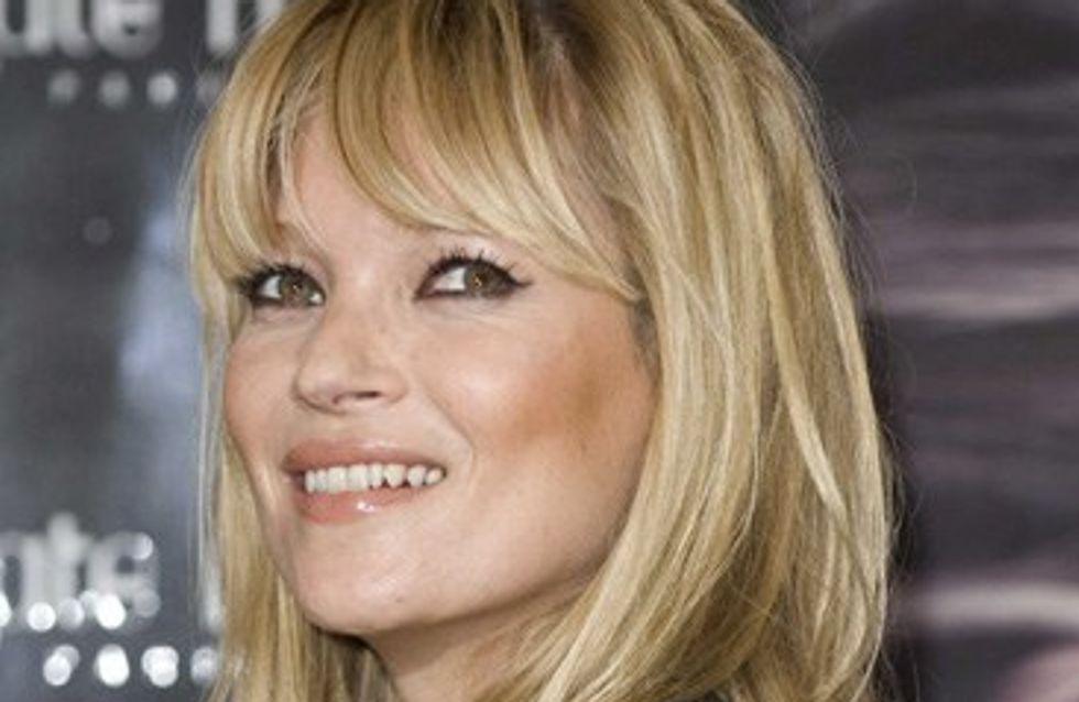 Kate Moss : elle nous ouvre sa trousse de maquillage !