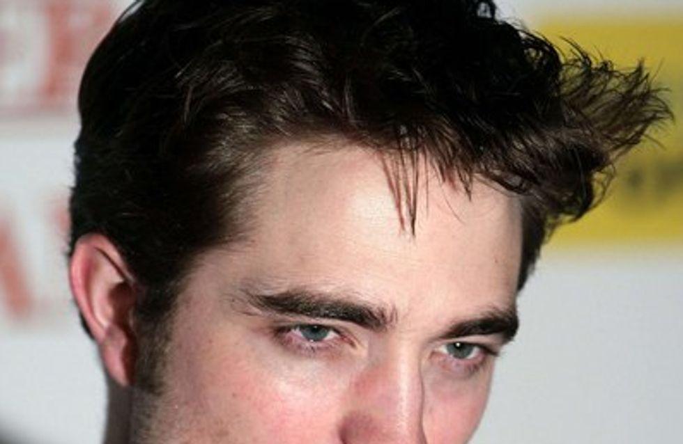 """Robert Pattinson : """"Ils m'ont coupé la raie des fesses au montage"""""""