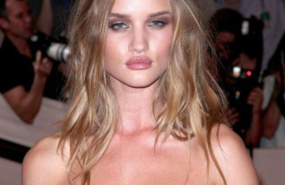 Rosie Huntington-Whiteley : Je ressemblais à Ugly Betty quand j'étais ado