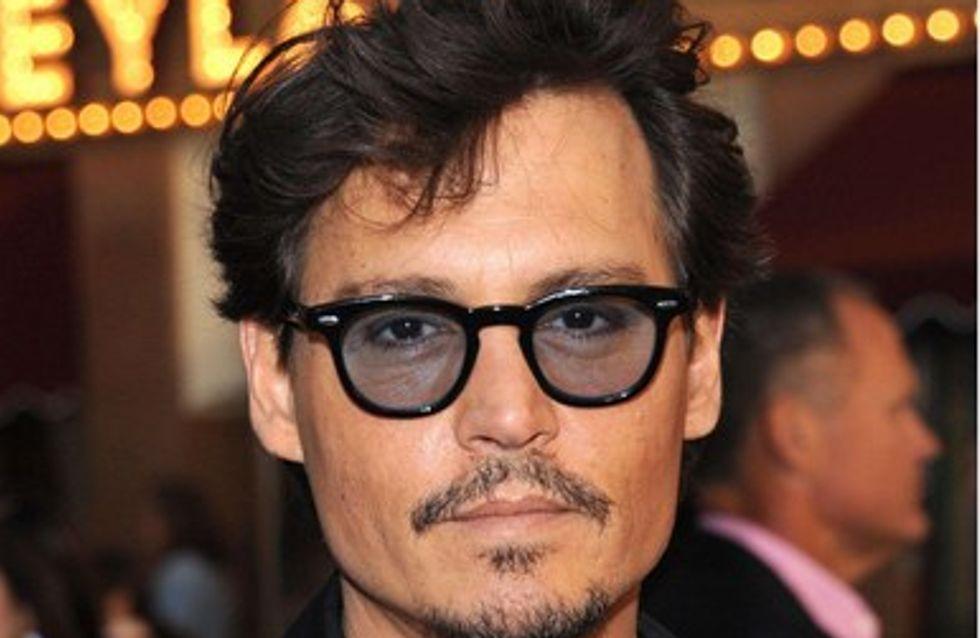 """Johnny Depp : """"Le travail m'empêche de replonger dans mes idées noires"""""""