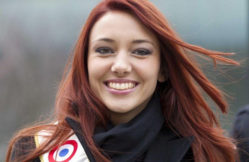Delphine Wespiser : Dans le sac à main de Miss France 2012
