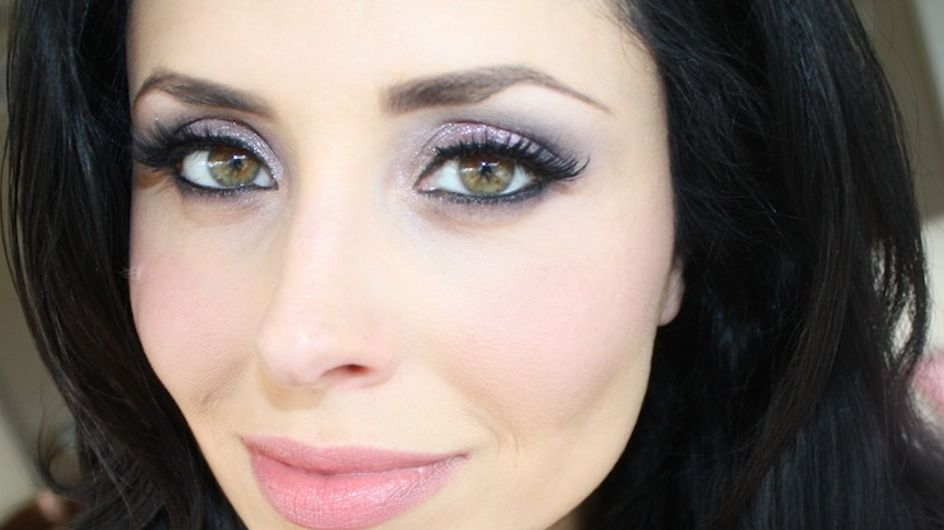 Video/Scopri insieme a Makeup Delight come avere un colore impeccabile tingendo i capelli a domicilio