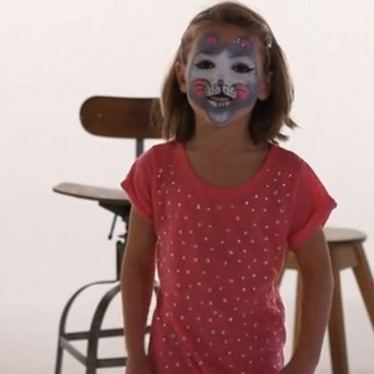 maquillage souris fille tutoriel maquillage enfant facile jeux fete. Black Bedroom Furniture Sets. Home Design Ideas