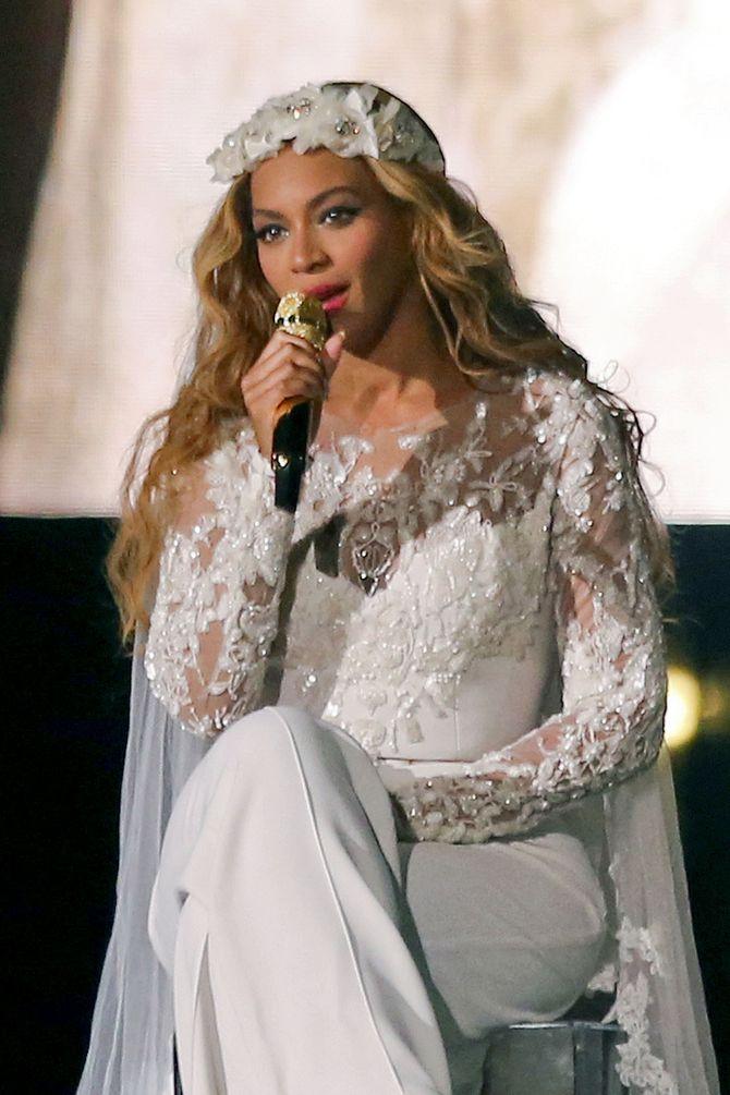 Beyoncé vestita da sposa