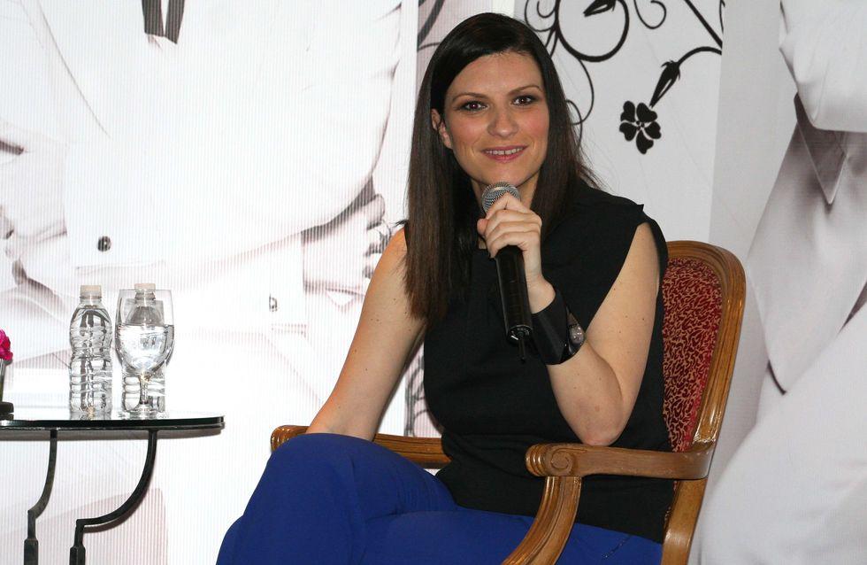Laura Pausini risponde scocciata su Facebook dopo l'incidente hot: Adesso basta!