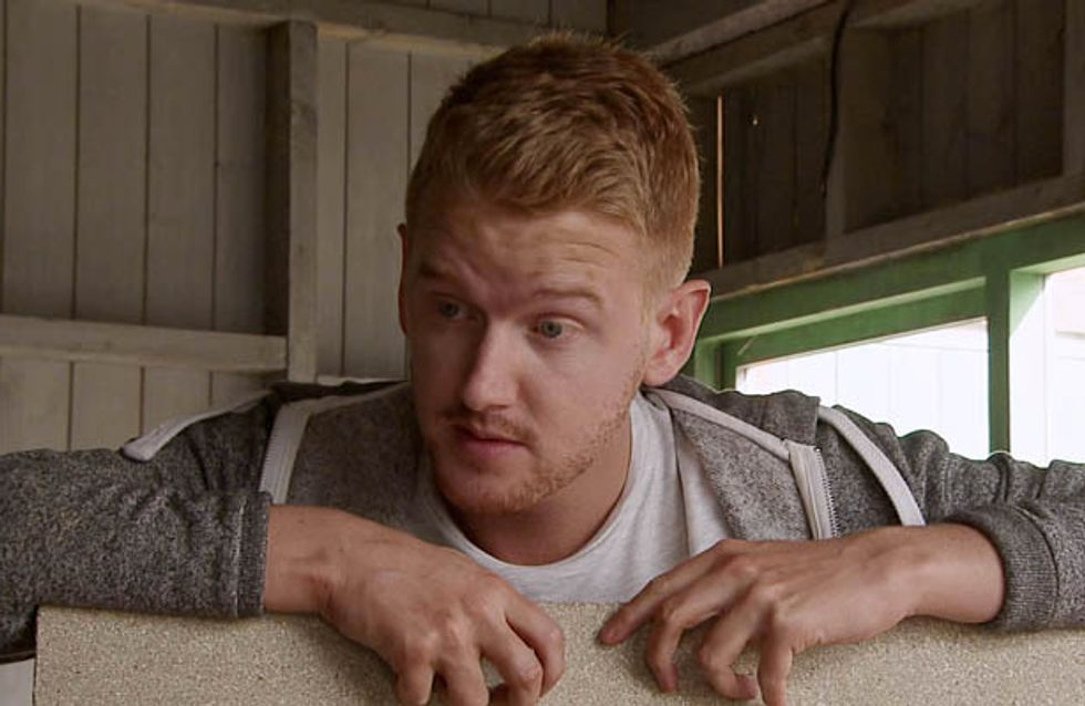Coronation Street 11/08 – Peter contemplates the easy way out