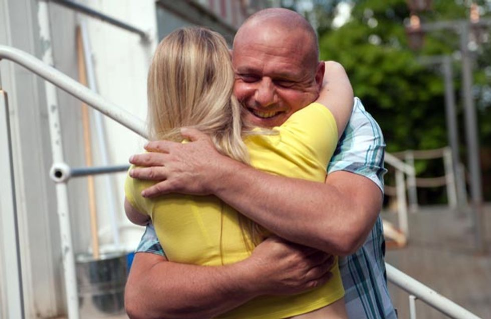 Hollyoaks 12/08 – Tony prepares to tell Diane about him and Sinead