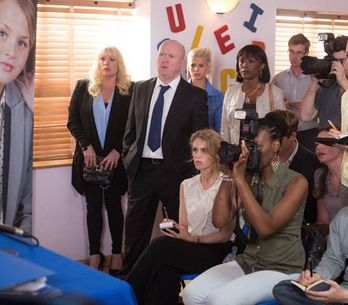 Eastenders 12/08 – Ian struggles to practice his speech