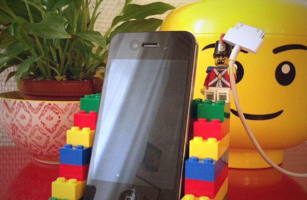 Tuto : Créez un repose-téléphone design en briques LEGO® !