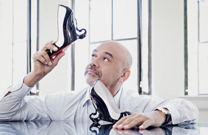 Christian Louboutin et Angelina Jolie présentent l'escarpin Maléfique