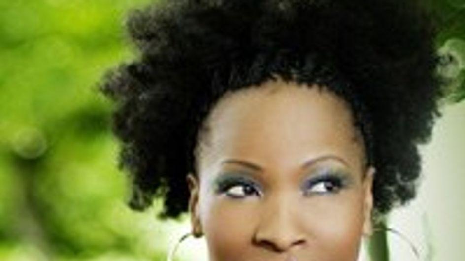 Velile: Landet Sie mit 'Injabulo' den Sommerhit 2011?