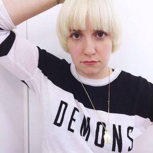 Lena Dunham blonde