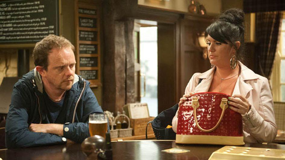 Emmerdale 26/08 – Aaron's fate rests in Edna's hands