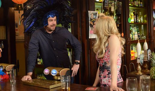 Mick decides to give Ian an ultimatum
