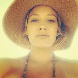 Hilary Duff sans maquillage