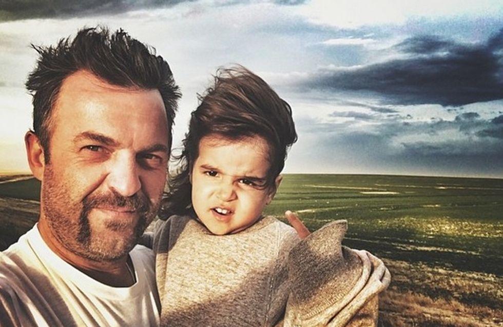 Un père publie des photos de sa fille dénudée et suscite la colère de la Toile