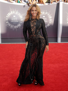 Beyoncé aux MTV VMA 2014