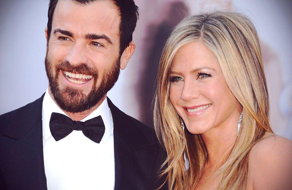 Jennifer Aniston reçoit un tendre bisou de Justin Theroux (Vidéo)