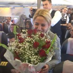 Une demande en mariage très romantique... Dans les airs ! (Vidéo)