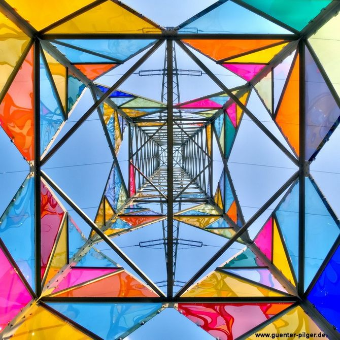 Stained Glass Electrical Towers by Ail Hwang, Hae-Ryan Jeon e Ghung Ki Park, Germania