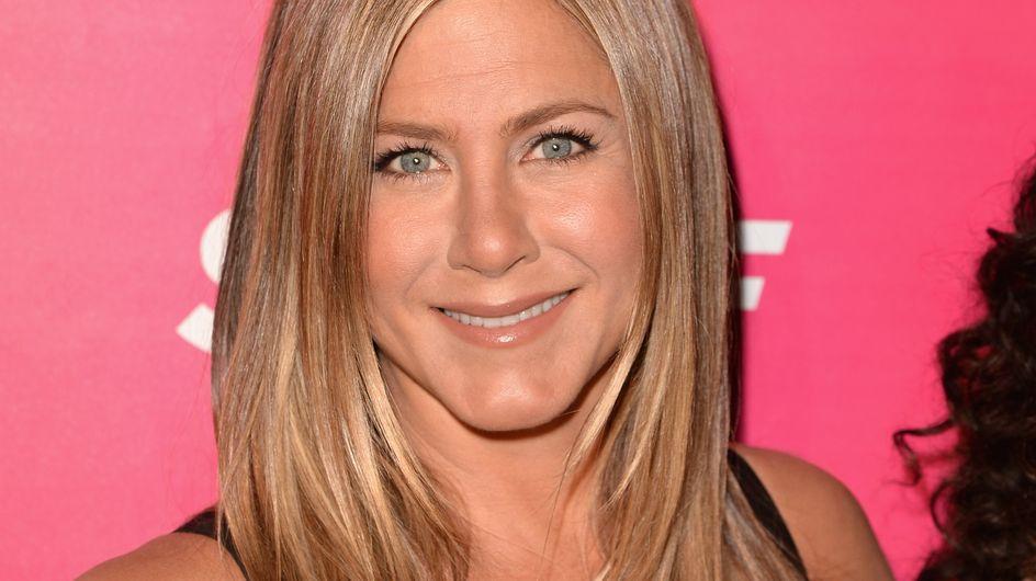 """Jennifer Aniston : """"Je ne suis pas maman mais je reste une femme"""""""