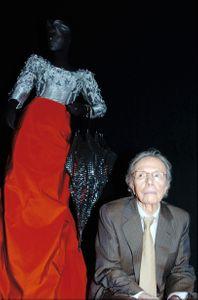 El diseñador Manuel Pertegaz