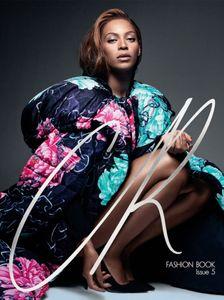 Beyoncé pour CR Fashion Book