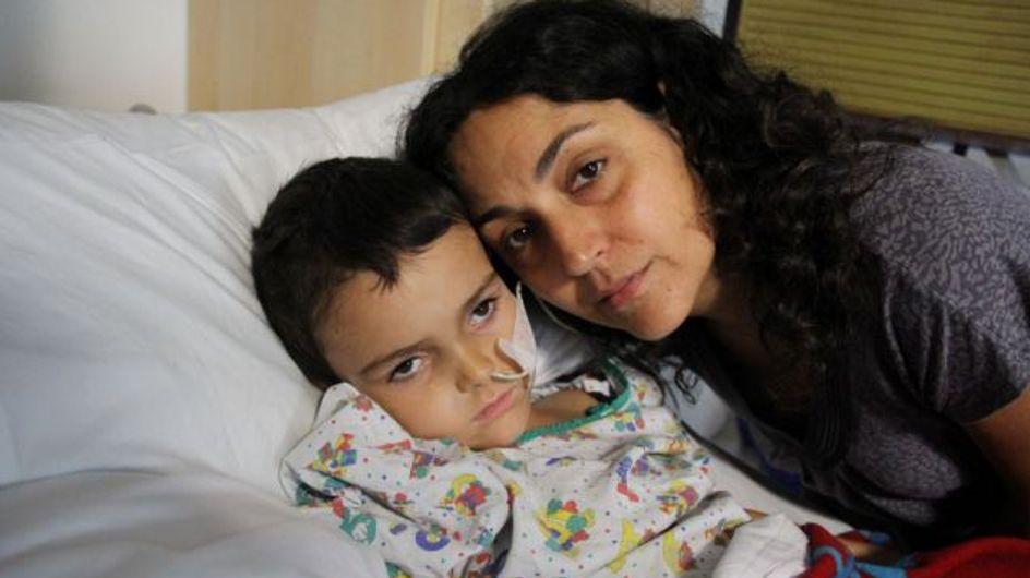 Un petit garçon en danger de mort après avoir été enlevé par ses parents