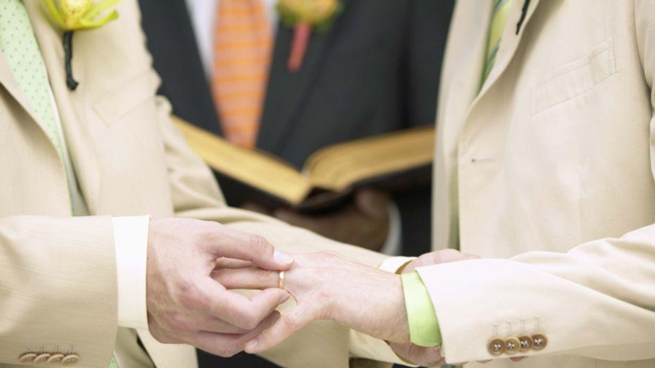 Coppie gay: aumentano i permessi matrimoniali