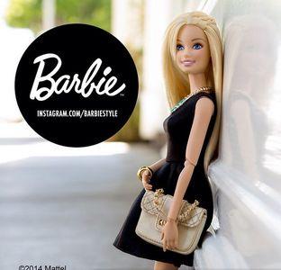 Barbie®, nouvelle blogueuse mode