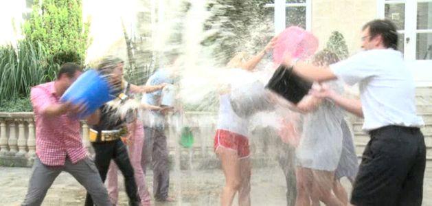 Aufeminin relève le Ice Bucket Challenge