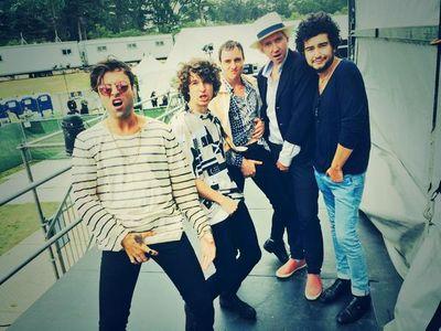 The Kooks en mode #Feelingnuts