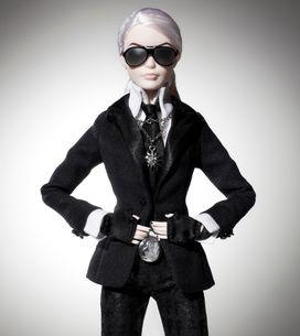 Karl Lagerfeld transcende la poupée Barbie en mannequin superstar
