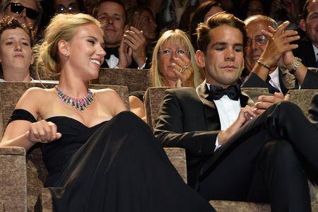 Scarlett Johansson insieme al compagno