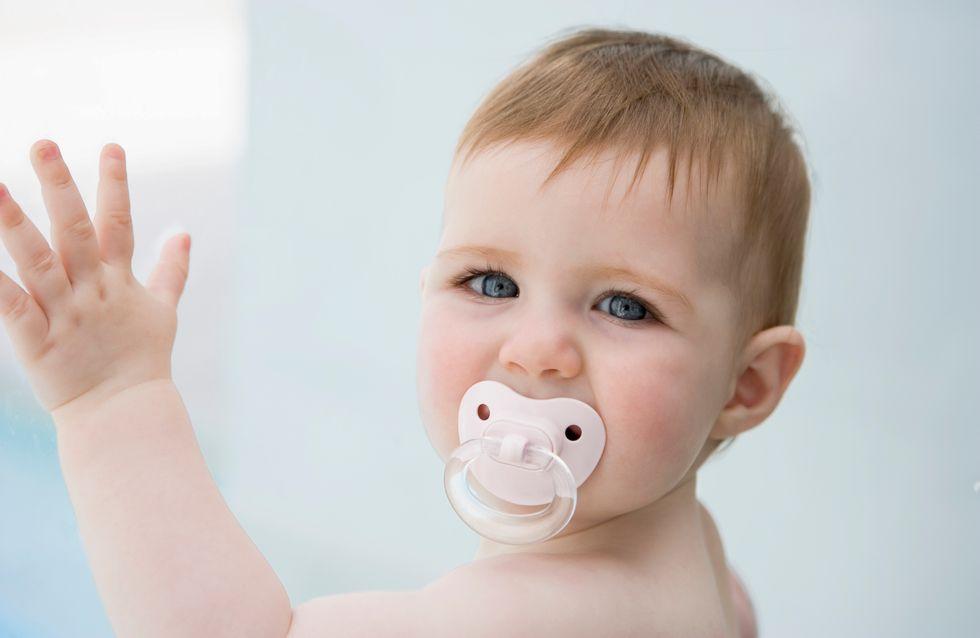 Attention, la tétine peut nuire aux relations parents/bébé