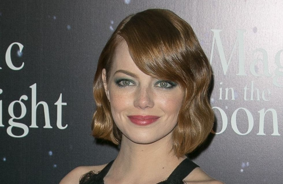 Emma Stone : Un look rétro pour la première parisienne de Magic in the Moonlight (Photo)